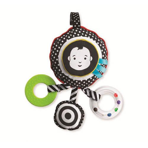 Fliegen mit Baby Spielzeug