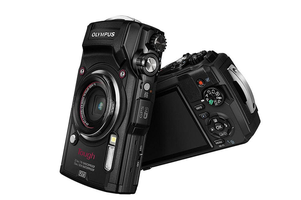 Olympus TG-5 Front and Back